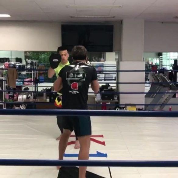 軍司泰斗選手#軍司泰斗 #ボクシングトレーニング#ミットトレーニング#チーム龍虎 #teamryuko