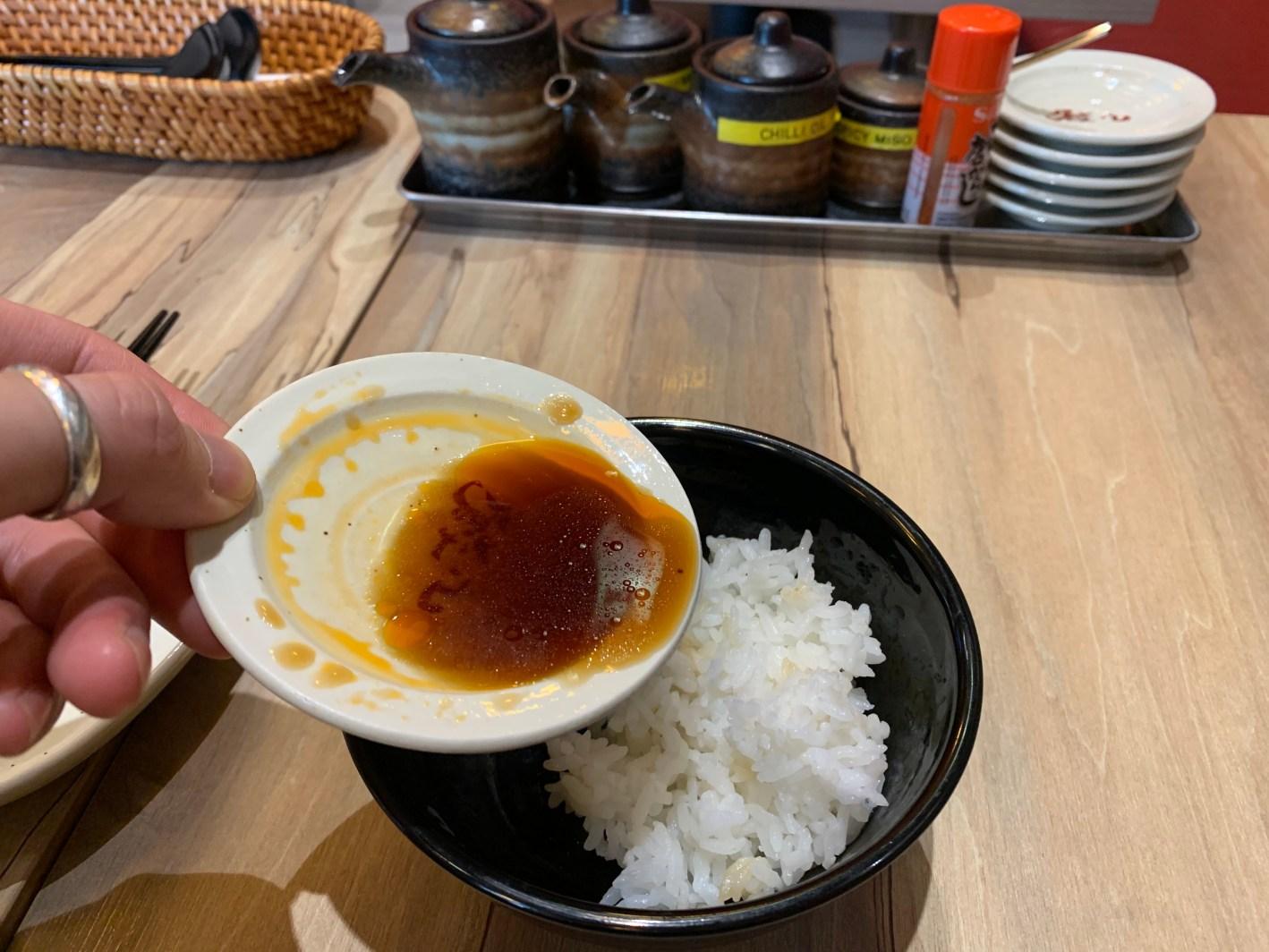 シンガポール 餃子