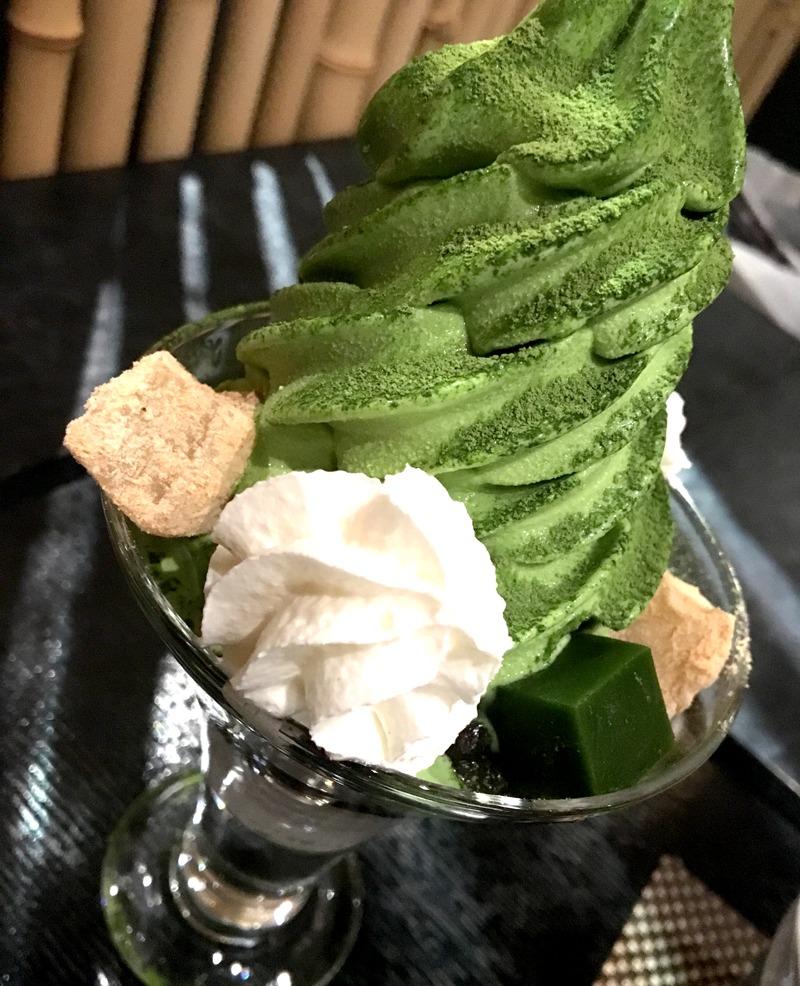銀座寿月堂抹茶パフェ