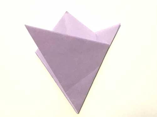 三つ折りした色紙
