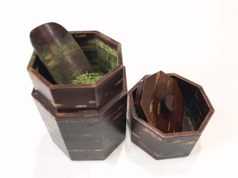茶筒の選び方お茶の美味しく保存法とは
