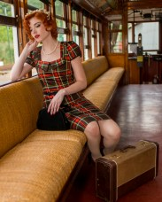 Trolley_Pinup_Shoot-15