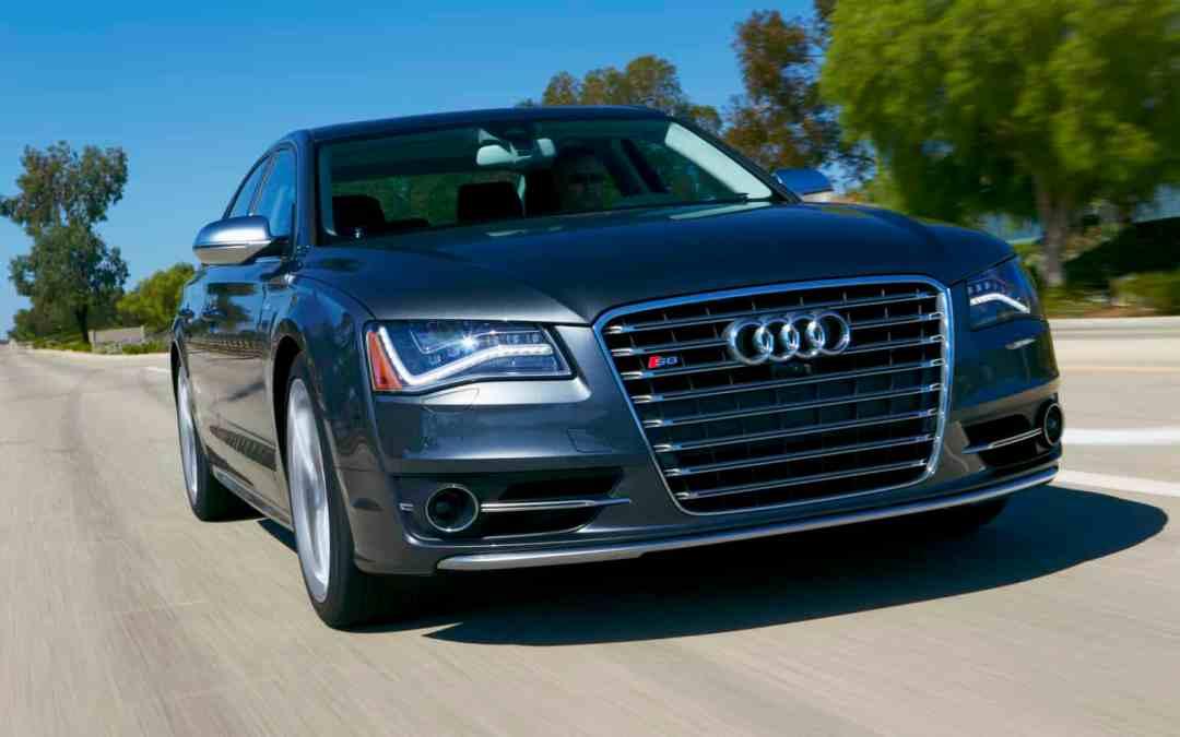2013 Audi S8 Image Gallery