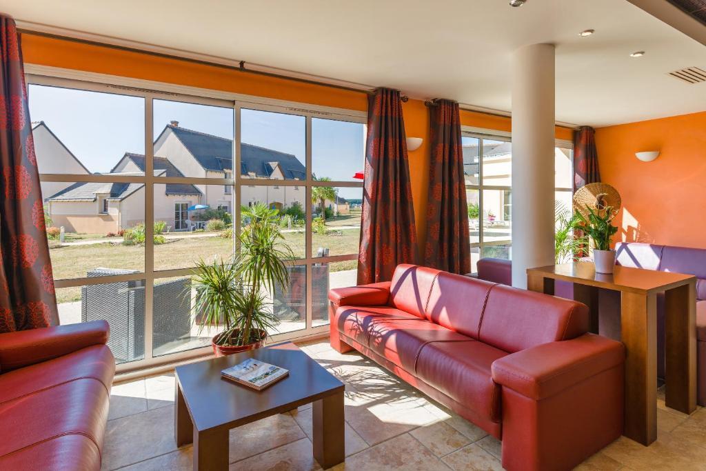 resort village lagrange les jardins renaissance azay le rideau france booking com