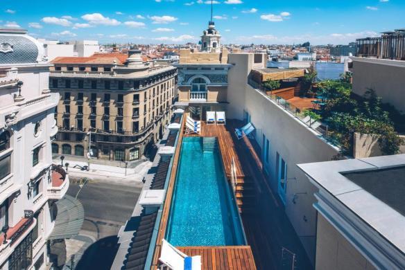 Ático 11 is the rooftop terrace of the Iberostar Las Letras Gran Via Hotel.