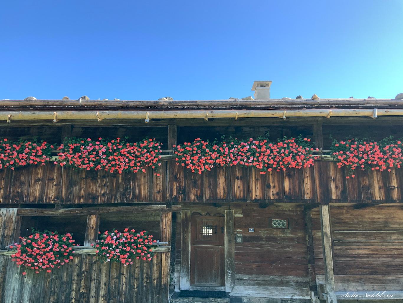 Chalet fleuri- maison de Bruder Klaus