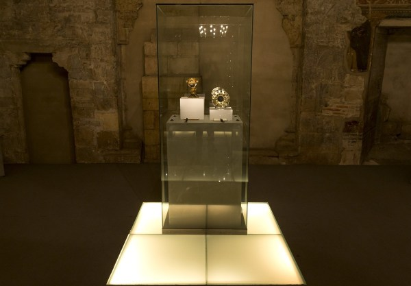 Historians Claim Holy Grail Sits In Spanish Museum | HuffPost