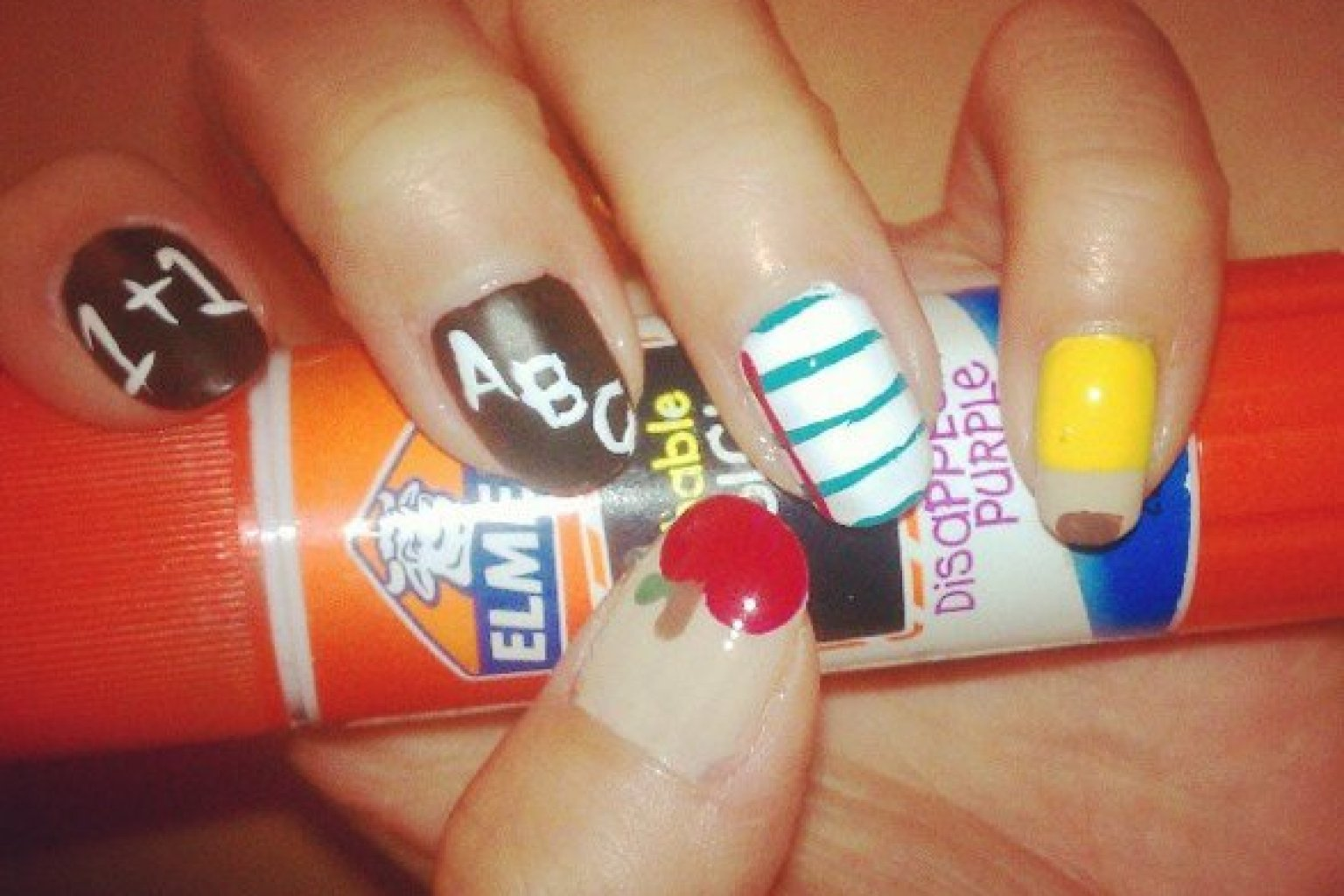 Back To School Nails La Dodgers Nail Art And More Insram Manicures Photos Huffpost