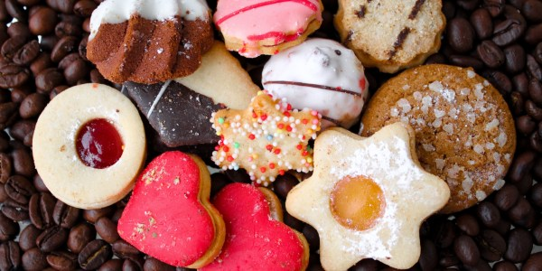 5 Ways To Pass Off Store-Bought Goodies As Homemade | HuffPost