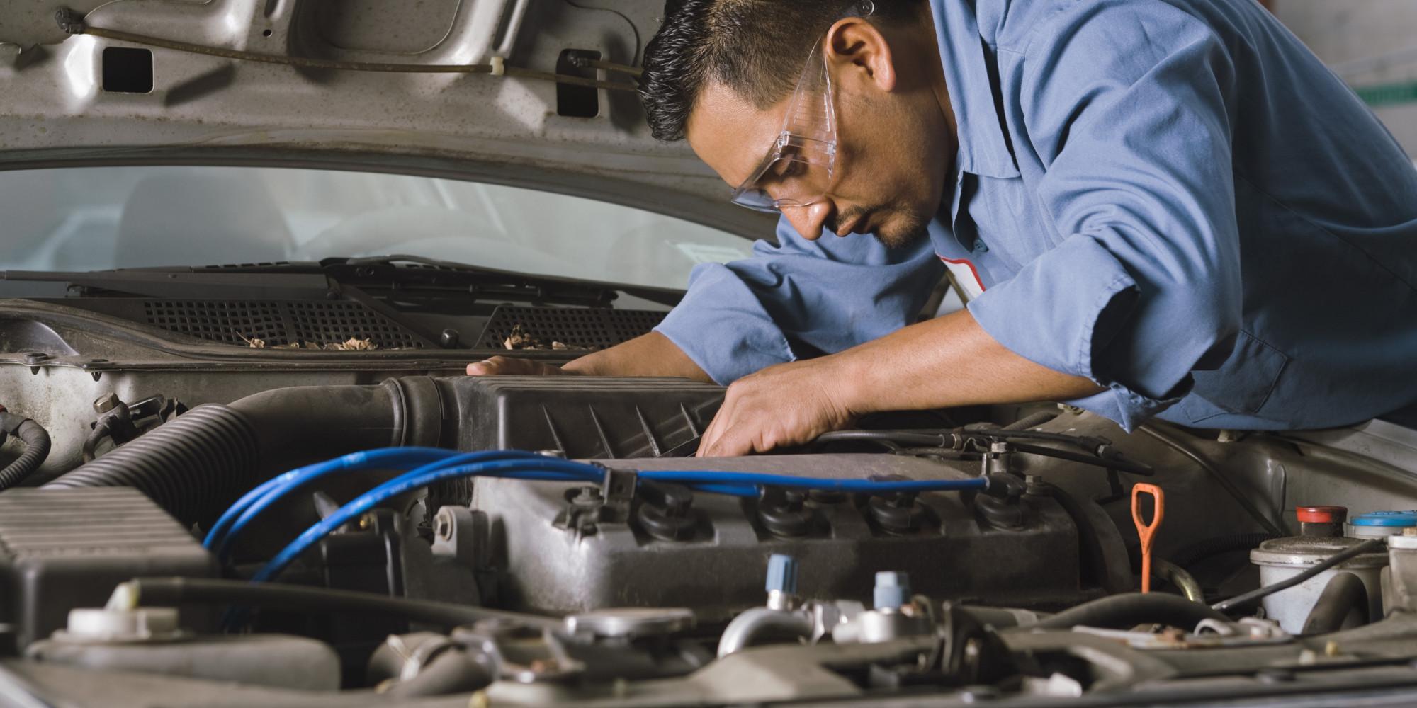 Hora De Reparar Tu Auto La Agencia O El Taller De La