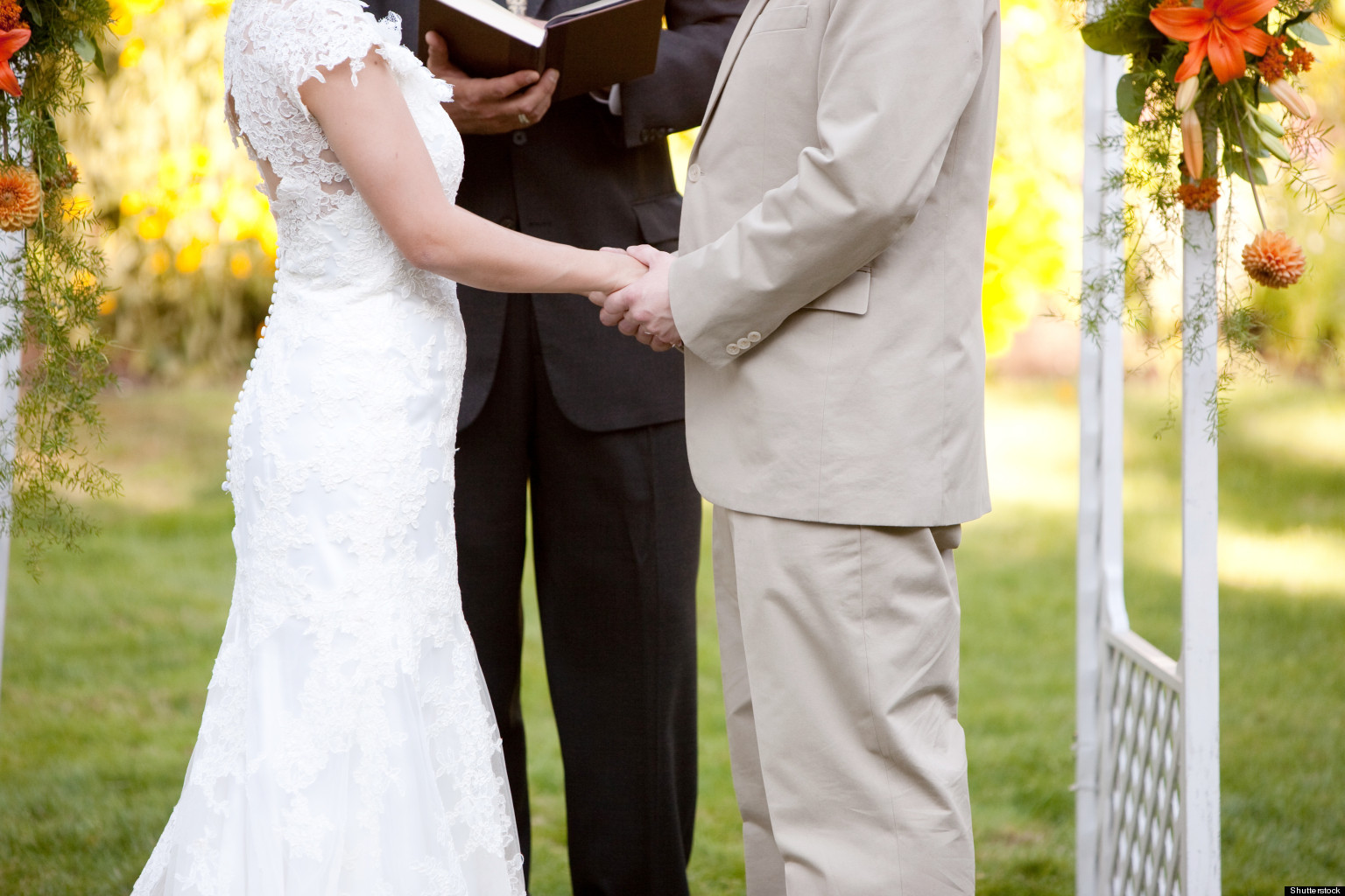 Is This Your First Wedding As An Officiant  6 Tips For How To Hold     Is This Your First Wedding As An Officiant  6 Tips For How To Hold People s  Attention   HuffPost