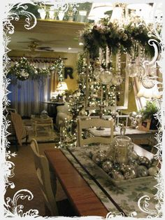 Cottage Christmas On Pinterest Cottage Christmas Decorating Christ