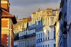 Paris rue des Tourne
