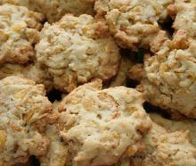 Pin Resep Kue Bolu Gulung Lezat Paling Nikmat Mudah Dibuat Info Lengkap Cake On Pinterest Aneka Kue Kering Resep Corn Flakes