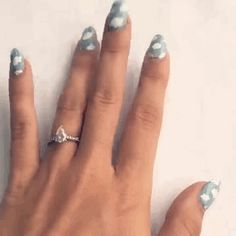 How to cloud nails
