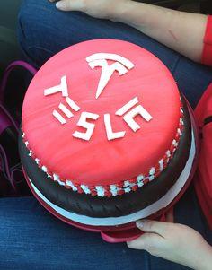 Tesla Cake Cakes Made By My Sister Ohana Bake Shop On