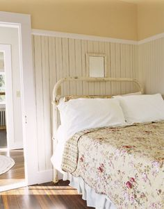 1000 Ideas About Painted Iron Beds On Pinterest White