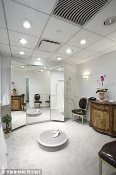 The Chafee Court My Bridal Dressing Room At The US