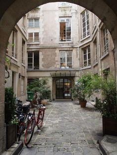 Paris Appartment Rentals Ideas Minimalist Home Design Ideas
