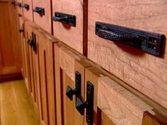 1000 images about mission style cabinet pulls and knobs on pinterest craftsman style on kitchen cabinets knobs id=41636