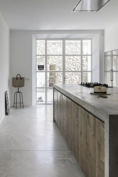 Concrete and wood ki