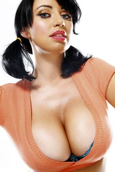 sophie howard fakes