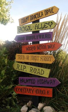 scary halloween sayings for signs hallowen org