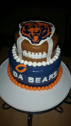 1000 Ideas About Chicago Bears Cake On Pinterest Bear