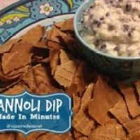 Cannoli Dip (Made In Minutes!)