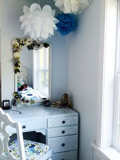 1000+ images about Teen vanity desk on Pinterest ... on Mirrors For Teenage Bedroom  id=22812
