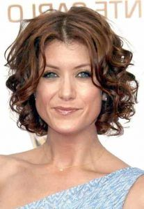 Short Curly Hairstyles Look Trendy And Are Easy To Maintain Hairdos Youthful Of All Flatter Any Face Cut Except The Fat Type