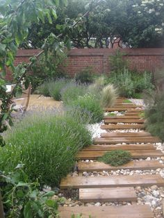 1000 images about garden ideas on pinterest railway on extraordinary garden path and walkway design ideas and remodel two main keys id=87708