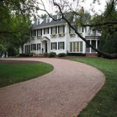 Antique Purington Street Pavers traditional-landscape