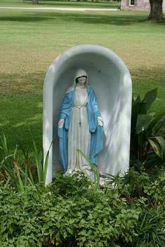1000 Images About Mary In The BathtubOn The Halfshell On