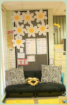 1000 Images About Classroom Decorating Ideas On Pinterest