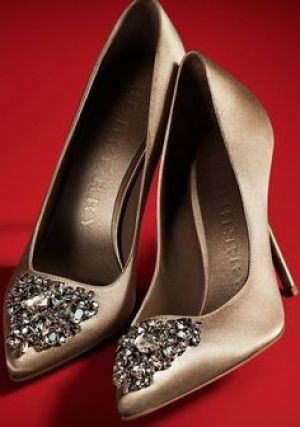 Burberry embellished satin court shoe