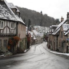f2815cd8964565b0498b852a23b73ca2 - THE MOST BEAUTIFUL ENGLISH VILLAGES PICTURES STUNNING ENGLISH COUNTRY TOWNS IMAGES