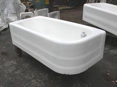 20s Curved Corner Cast Iron Bath Tub Vintage Decor