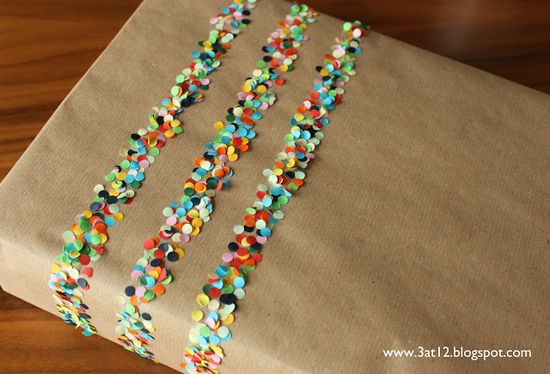 Confetti and doubble sided tape… best wrapping idea ever