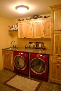 Rustic Laundry Room – traditional – laundry room – minneapolis – by Bergstrom Ca