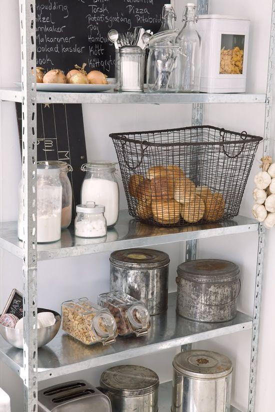 Vintage chic: Moderne landkjøkken/ modern country kitchen