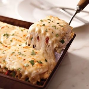 Creamy chicken alfredo lasagna…this is going on this week's menu.