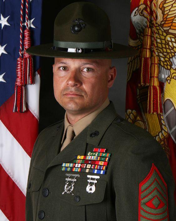 usmc drill instructors recruit training regiment i on wall street journal login id=72618