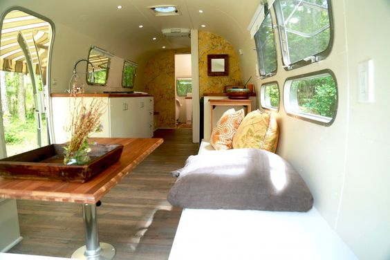 1972 Airstream Sovereign 31 - Florida: