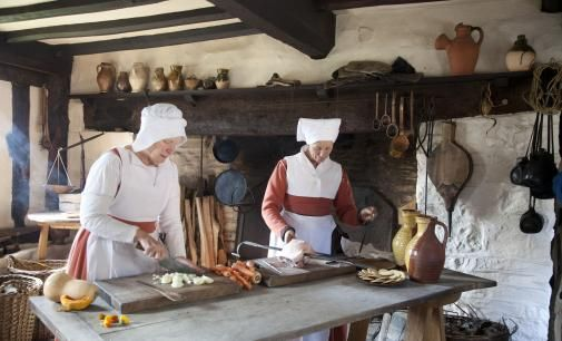 Inside Mary Arden's house (she was Shakespare's mother) - this is a working Tudor farm: