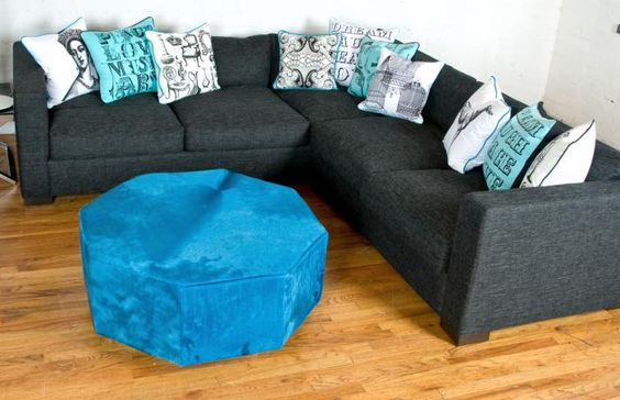Shoreclub Sectional In Charcoal