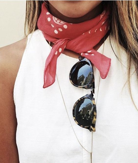 outfit details, red bandana scarf, neck tie, sunglasses, minimal chic, outfit ideas, summer style, summer fashion trends