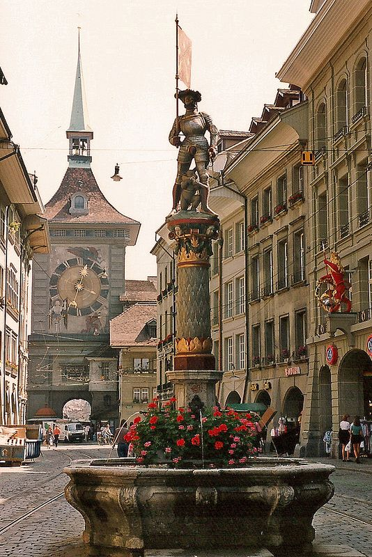 Last place we went to during our trip. Wish we explored it more, but it was only a short stop. // Bern, Switzerland: