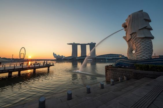The iconic Merlion in the Merlion Park in Singapore
