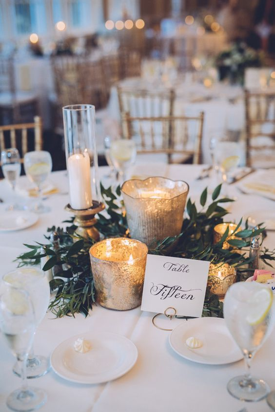 elegant winter wedding table settings centerpiece ideas: